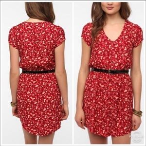 New Condition Kimchi Blue Red Floral Dress!